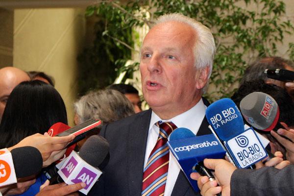 Diputados RN apoyarán gratuidad universal luego de exitoso paro beauchefiano