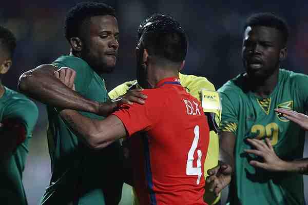 A Pizzi no le funcionan las apuestas y Chile cae ante el sorprendente Jamaica en Viña