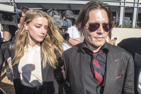 Amber Heard niega estar extorsionando a Johnny Depp y da su testimonio a la policía