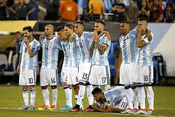 """En Argentina sienten """"vergüenza"""" por cómo se ha buscado DT para su selección: """"Patético"""""""