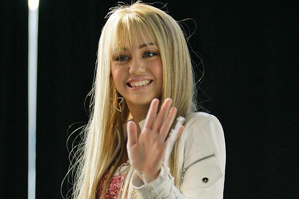 Miley Cyrus lanza descargos contra Disney y revela bajo sueldo de