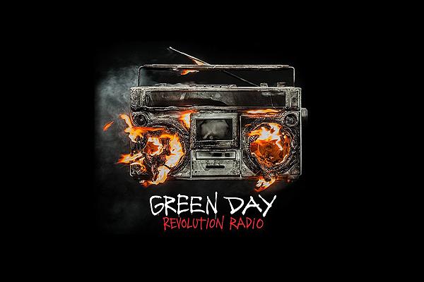 Green Day apela a una nostálgica revuelta en su nuevo disco,