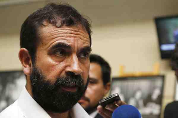 Diputado Hugo Gutiérrez aclara polémica por supuesta fotografía de voto