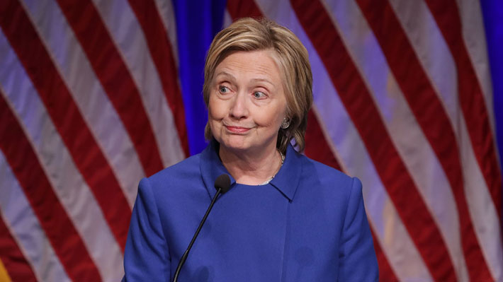 Expertos llaman a Clinton a impugnar resultados electorales en tres estados por posibles irregularidades