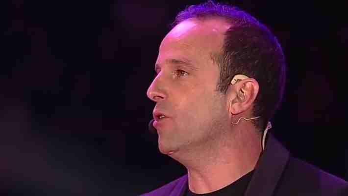 Stefan Kramer sorprendió con imitación de Rafael Garay en el cierre de la Teletón 2016