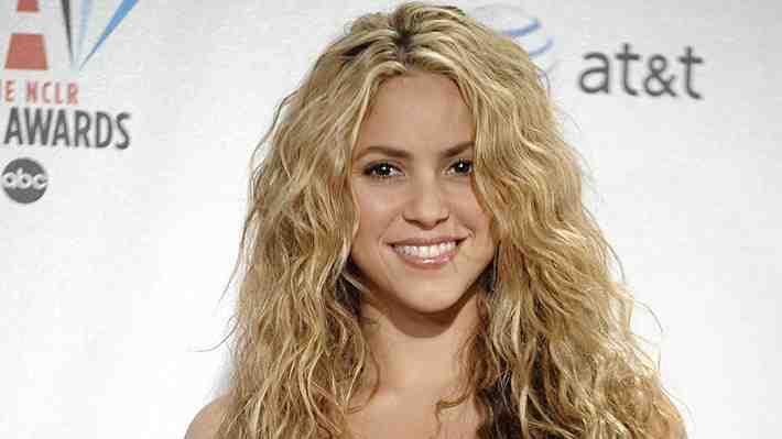 Shakira sorprendió con baile en una heladería en Providencia
