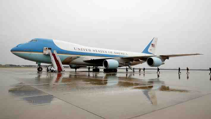 "Boeing se compromete con Trump ""a controlar costes"" del nuevo Air Force One"
