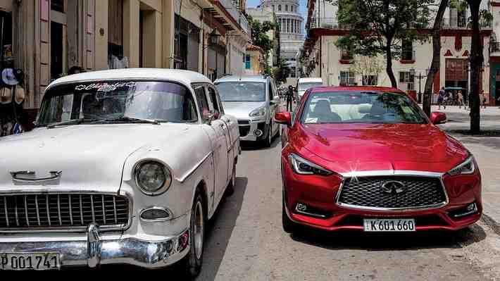 Video: Llega el primer auto estadounidense nuevo a Cuba en 58 años