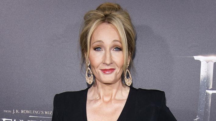 J.K. Rowling prepara dos nuevas novelas al margen de