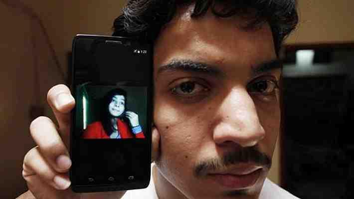 """Otro """"crimen de honor"""" en Pakistán: Condenan a muerte a mujer que quemó viva a su hija por casarse sin su consentimiento"""