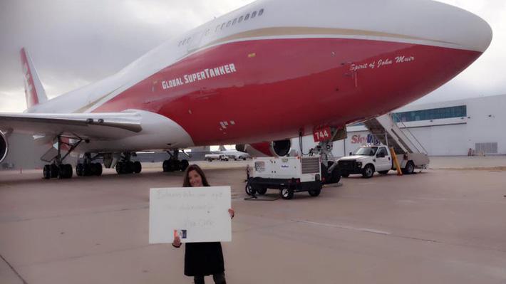 Chilena ofrece al gobierno financiar operación del avión antincendios más grande del mundo