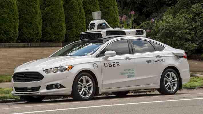 Alphabet (Google) acusa a Uber de robo de tecnología de autos sin conductor
