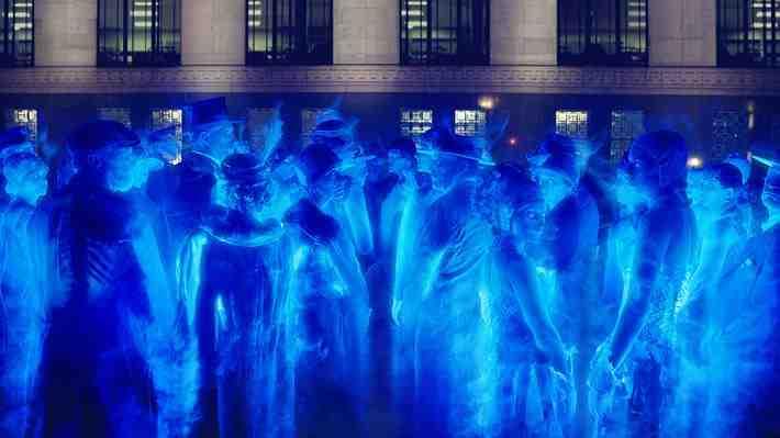 ¿Existen los fantasmas? Físico británico explica por qué no es posible