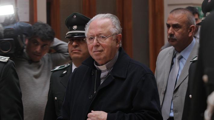 Justicia rechaza demanda de víctimas de Karadima contra la Iglesia Católica