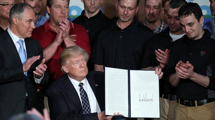 Trump firma polémico decreto ambiental: