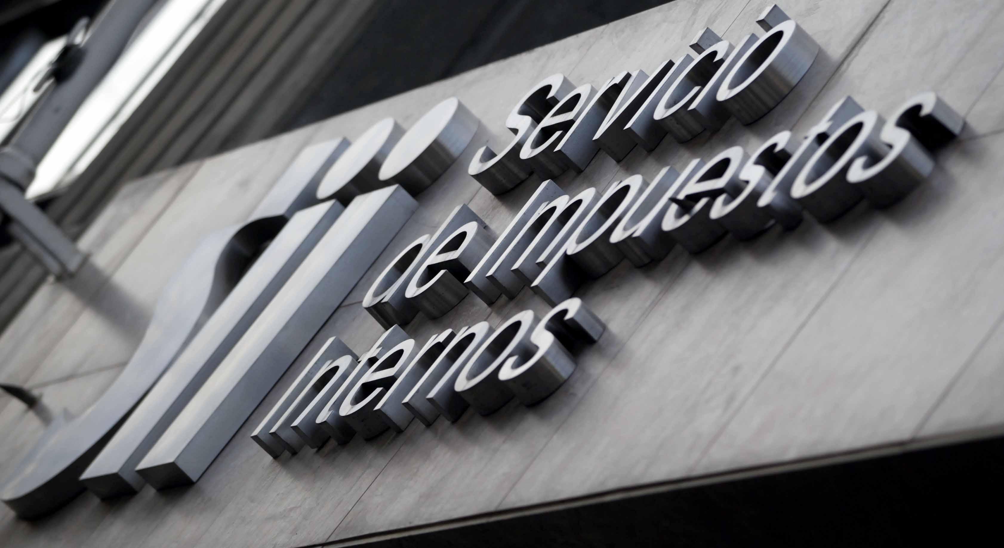 SII opta por sancionar administrativamente a empresas vinculadas a pagos a políticos y desestima acciones penales