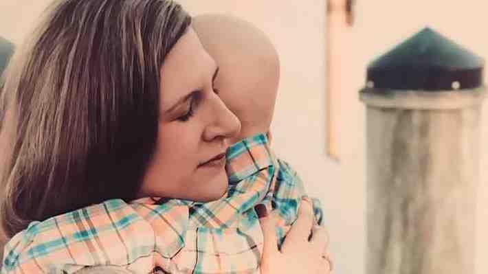 Madre revela la emotiva última conversación que tuvo con su hijo de 4 años enfermo de cáncer