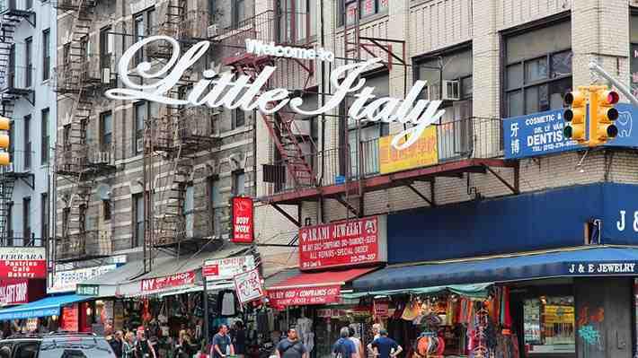 Así es Little Italy, el barrio italiano de Nueva York en 360°
