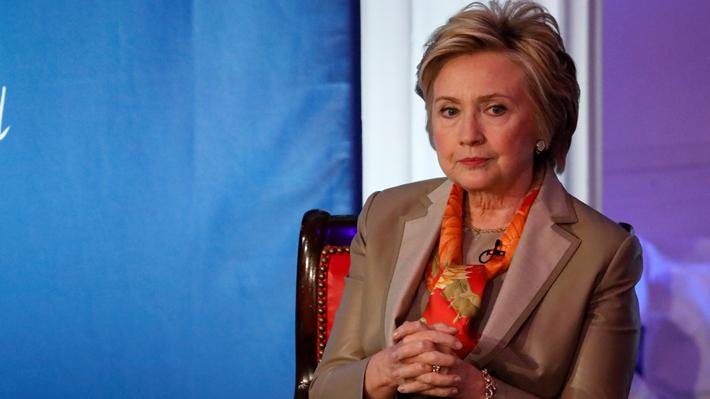Hillary Clinton culpa al FBI, Rusia, la misoginia y a sí misma por perder la elección del 2016