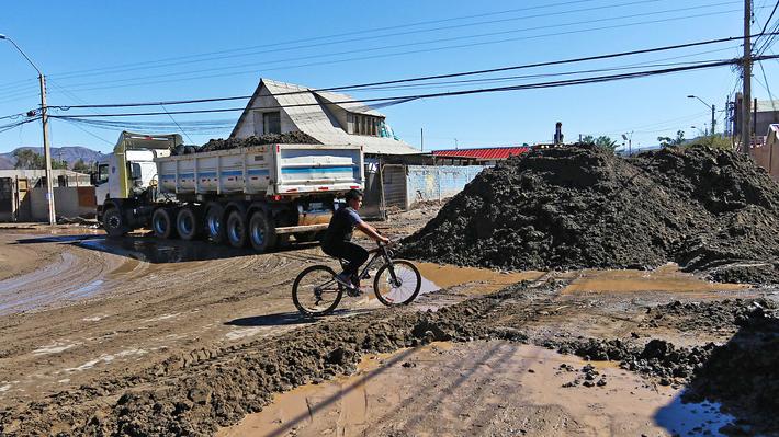 Intendencia de Atacama analizará reubicar casas afectadas por aluvión y anuncia bono de enseres por $1 millón