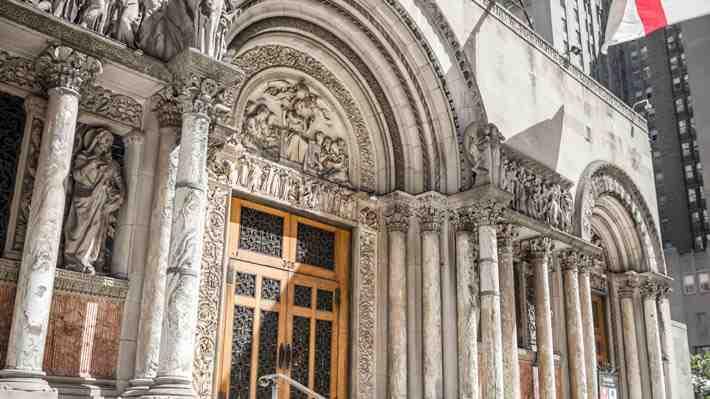Iglesia de San Bartolomeo, una joya arquitectónica en Nueva York