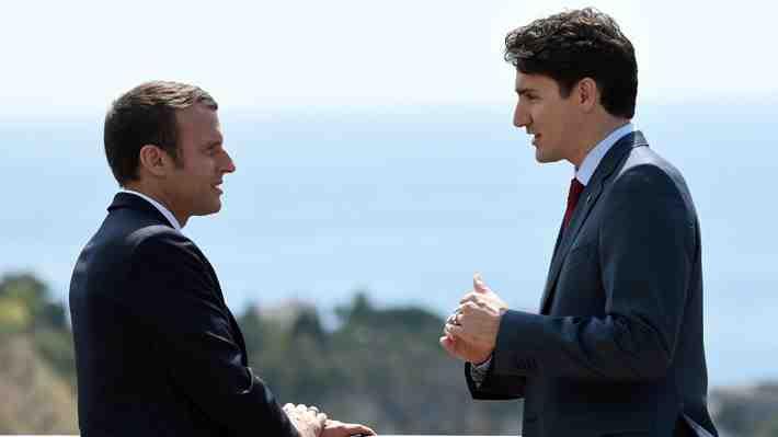 La imagen que muchos estaban esperando: Trudeau y Macron juntos hablando francés