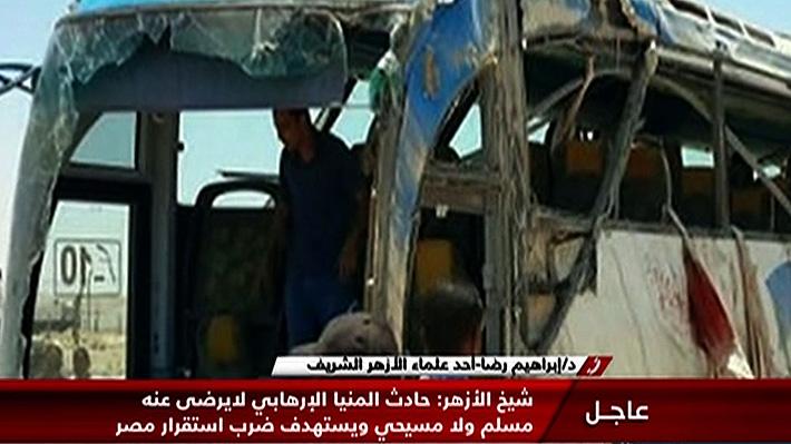 Sube a 28 la cifra de muertos por tiroteo contra bus de cristianos coptos en Egipto