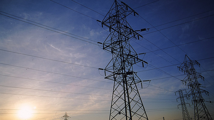 Afectados por cortes prolongados de electricidad serán compensados a través de sus cuentas