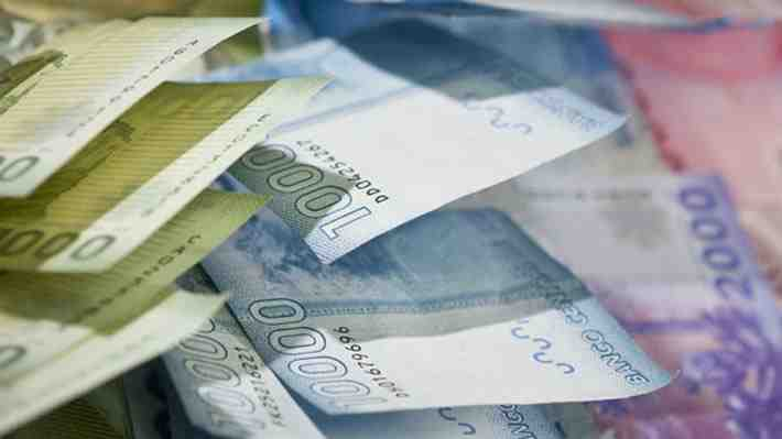 Remuneraciones promedio crecen menos que el salario mínimo. ¿Qué opinas?