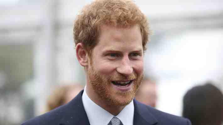 """Harry: """"No creo que alguien de la familia real quiera ser rey o reina"""""""