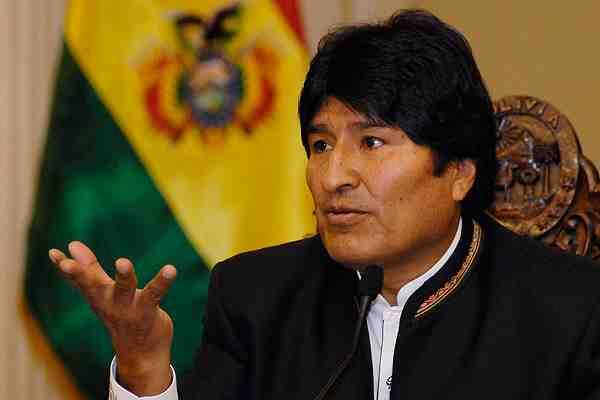 """Evo Morales acusa que bolivianos detenidos en Chile fueron """"flagelados"""". ¿Qué opinas?"""