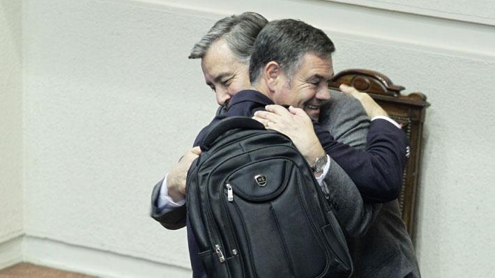 Tras 372 mil votos en la primaria: Ossandón se deja querer por Goic, Guillier y Piñera