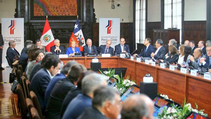 Chile y Perú firman 14 acuerdos de cooperación durante gabinete binacional en Lima