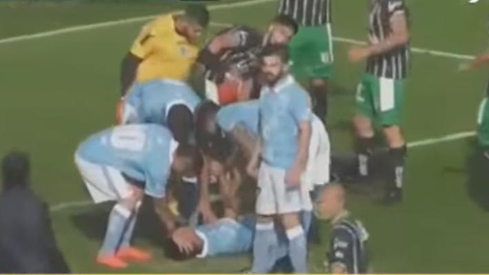Árbitro héroe le salva la vida a un jugador que sufrió hundimiento de cráneo en Argentina