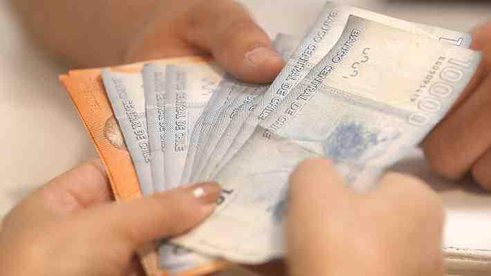 El 50% de los trabajadores en Chile recibió salario igual o menor a $350 mil en 2016. ¿Qué opinas?