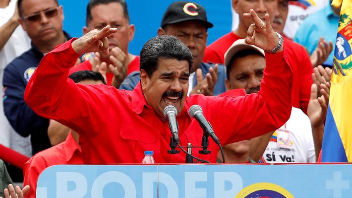 """Maduro llama a la oposición a que """"abandone el camino insurreccional"""" y retome el diálogo"""