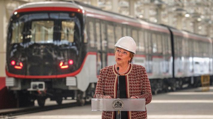 Bachelet anuncia que tarifa rebajada para adultos mayores en el Metro será ilimitada