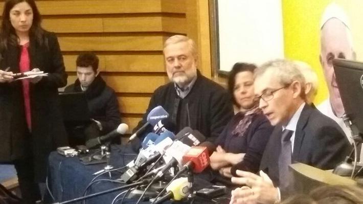 Francisco sostendrá tres encuentros con Bachelet y realizará misas masivas en cada ciudad que visite
