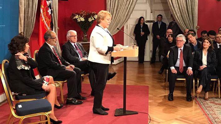 Presidenta Bachelet destaca responsabilidad y carácter solidario de reforma al sistema de pensiones