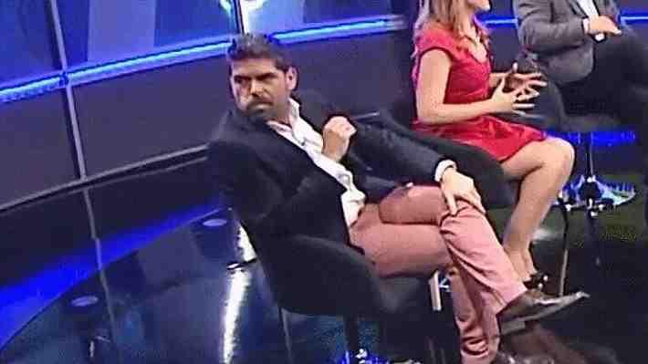 """¿Que opinas del """"gesto"""" del periodista del CDF cuando presentan a nueva panelista?"""