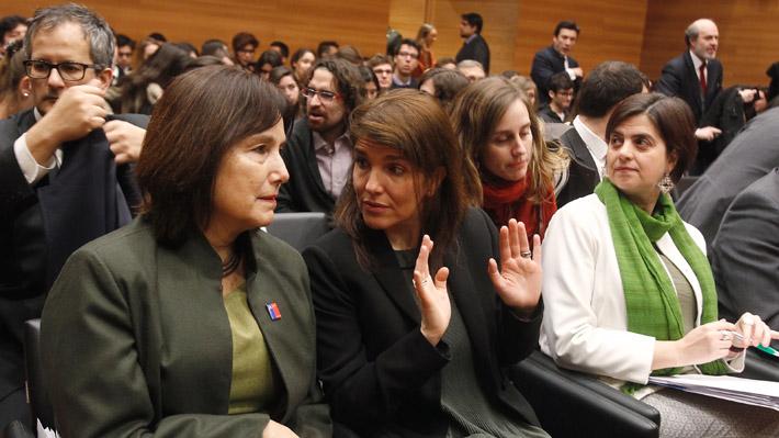 Se mantiene la incertidumbre: Tribunal Constitucional decide posponer veredicto sobre aborto