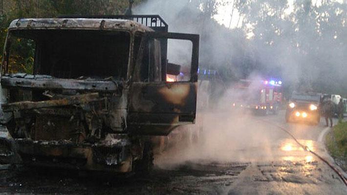Atentado incendiario afecta a 18 camiones en la región de La Araucanía