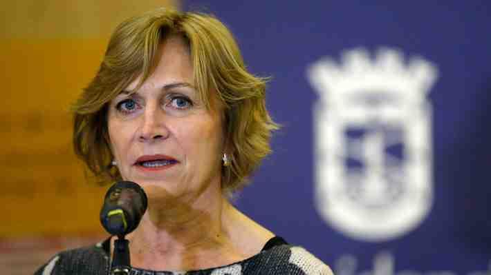 Alcaldesa Evelyn Matthei evalúa ir a tribunales para frenar Teleférico Bicentenario. ¿Cómo lo ves?