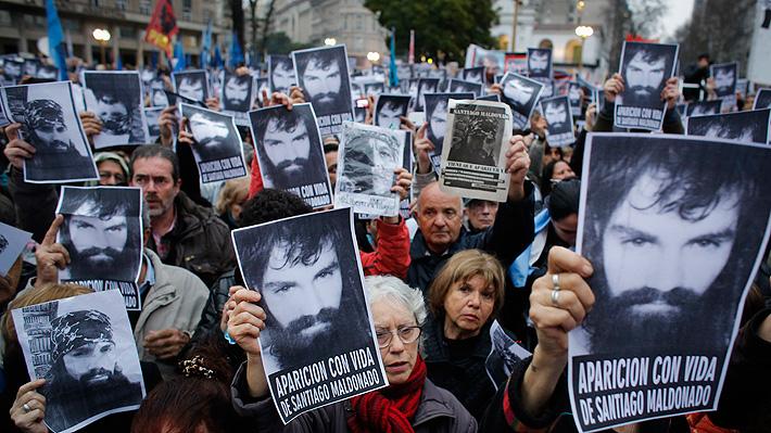 """Gobierno argentino afirma que no hay una """"hipótesis clara"""" sobre desaparición de joven en protesta"""
