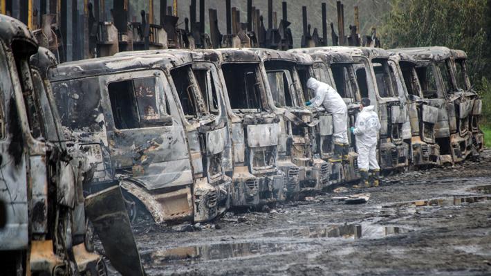 Weichan Auka Mapu se adjudica quema de camiones en Los Ríos y La Araucanía