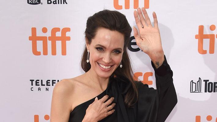 Angelina Jolie posa en el Festival de Toronto junto a toda su familia, a excepción de Brad Pitt