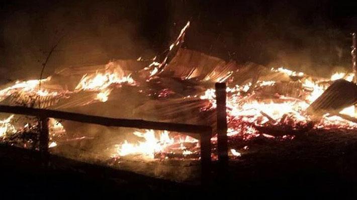 Dos iglesias católicas y una evangélica fueron quemadas en la Región de La Araucanía