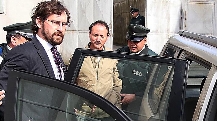 Jaime Anguita se retira entre insultos de familiares de Haeger desde el tribunal tras ser absuelto