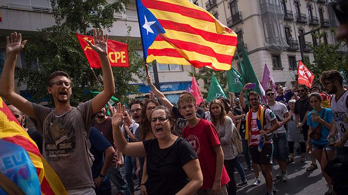 """Autoridades catalanas celebran amplia victoria en referéndum considerado como """"ilegal"""" por el Gobierno español"""