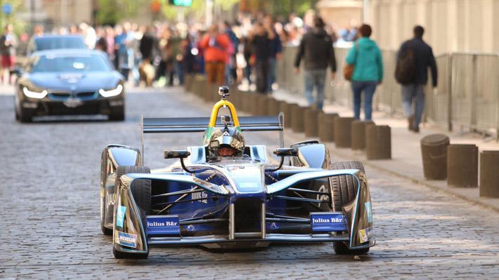 Conoce la trastienda de la Fórmula E que llegará a Chile en febrero próximo